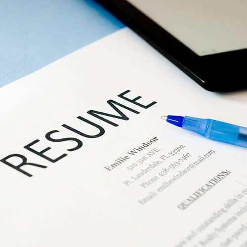 Executive Resume Writer_www.dreamlifeteam.com-Rebecca Bosl